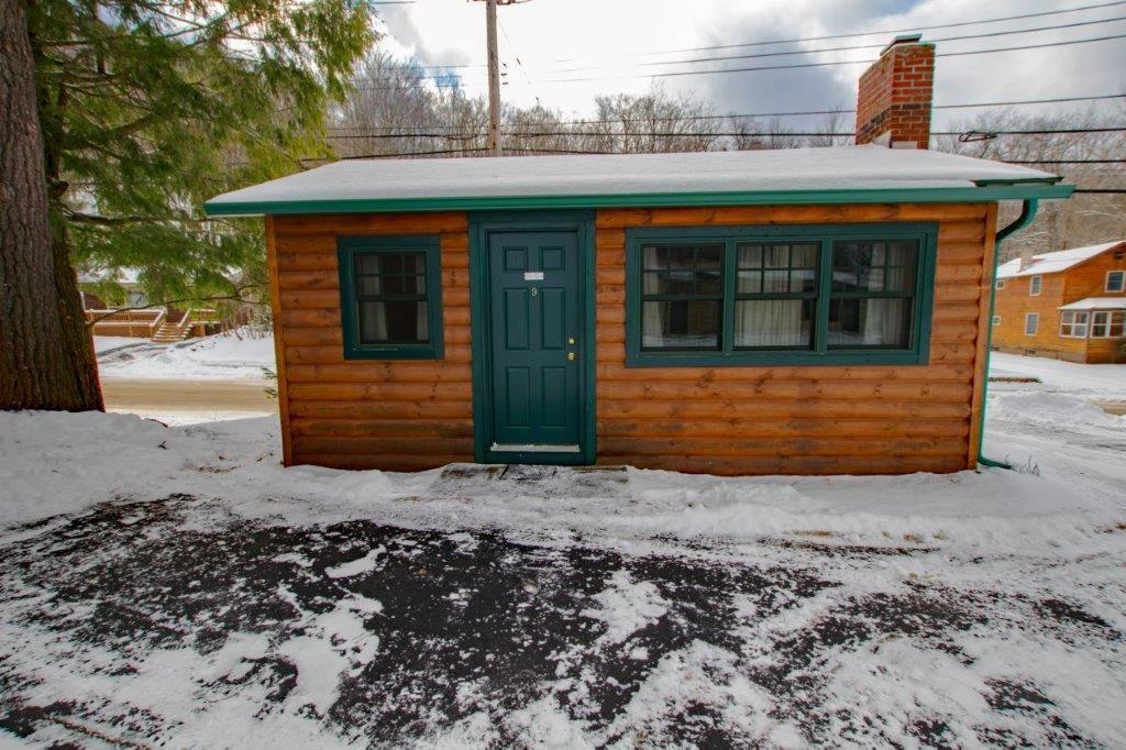 One Bedroom Cabin #9