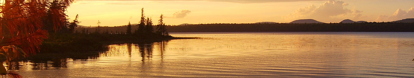 lake-int